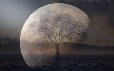 SUPER FULL MOON IN LIBRA – BREAKTHROUGHS AND BALANCE